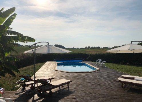 Latuque - 3 lit chalet avec piscine privée
