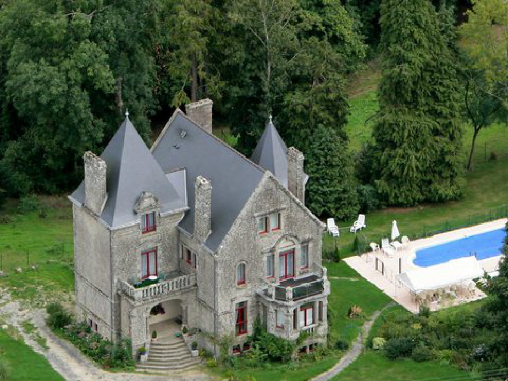 Awesome Brittany Chateau / Country House Rental: Renardiere Chateau Manoir With Pool  In Brittany, France