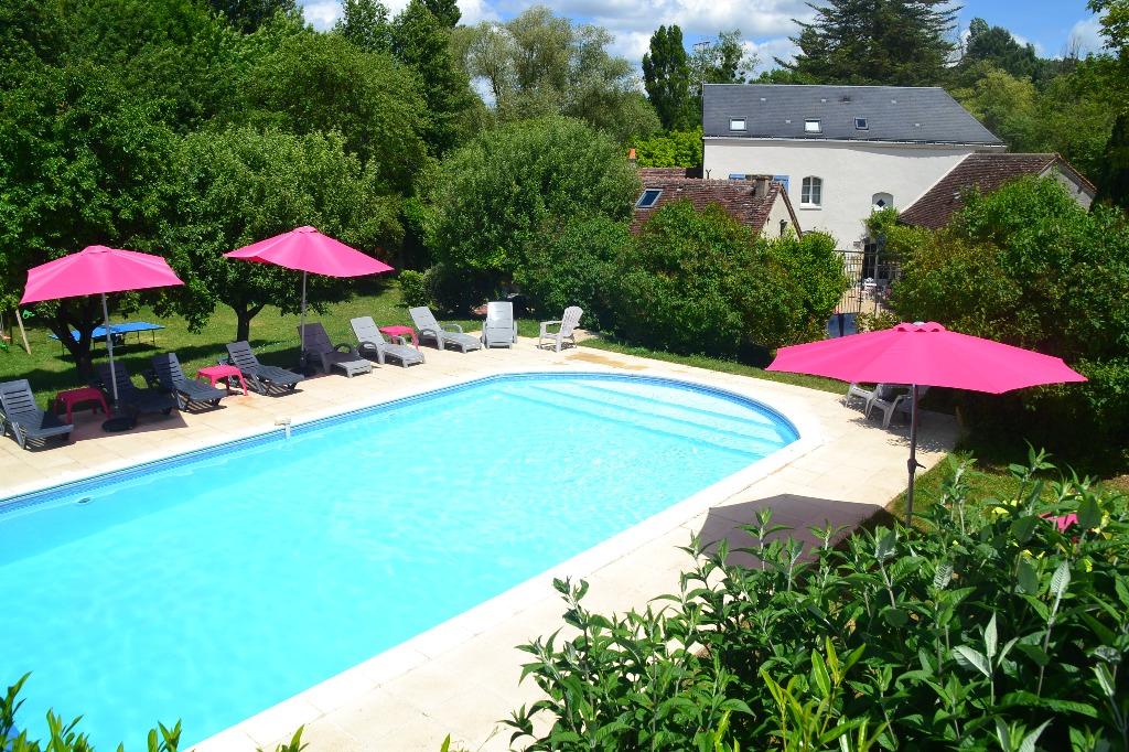 Charming Cottage For 6 With Heated Pool U0026 Carp Fishing Lake