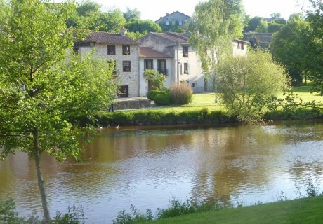 A charming riverside house in Bellac in the Haute Vienne Limousin