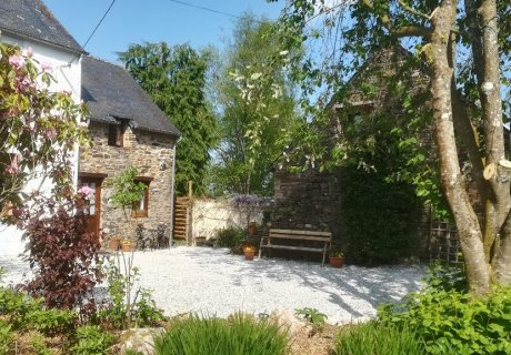 Country Cottages Brittany - Peony Cottage Brittany