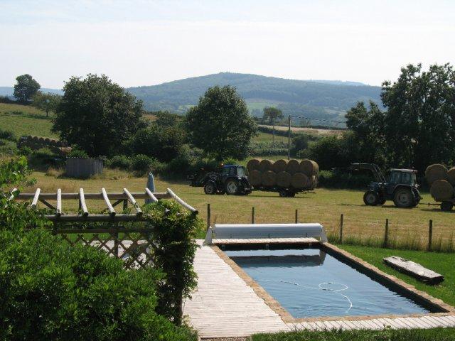 Les Volets Bleus, Stunning Farmhouse Gîte In Rural Burgundy